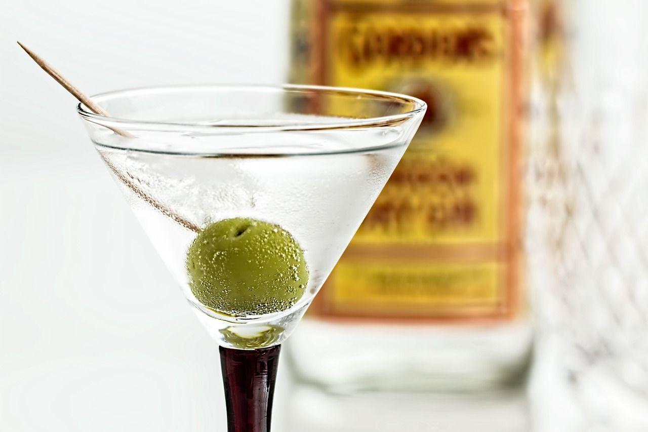 Gin Martini im Cocktail Glas